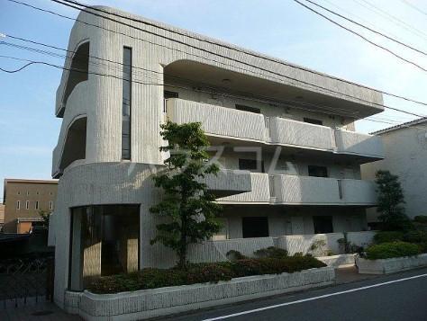 ファミール三田 203号室の外観