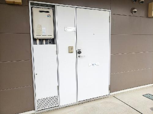 レオパレスパインマノワール 103号室の風呂