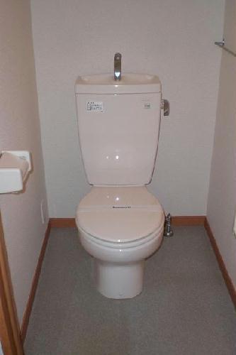 レオパレスSAKURA 201号室のトイレ