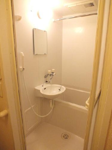 レオパレスSAKURA 201号室の風呂