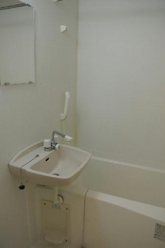 レオパレス上戸祭 106号室の風呂