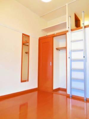 レオパレスMK Ⅰ 104号室の収納