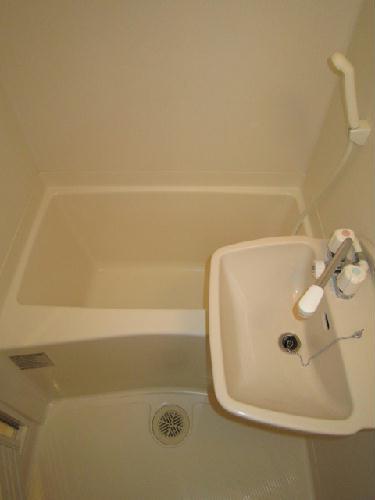 レオパレスグランシャリオ 107号室の風呂