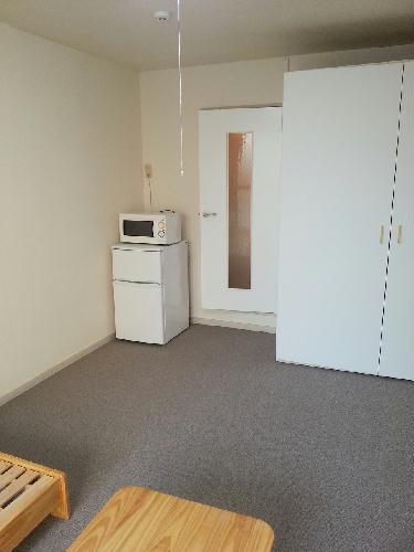 レオパレスルミエール 304号室のリビング