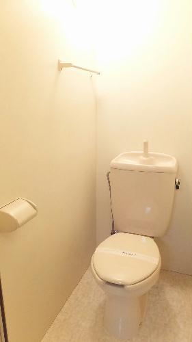 レオパレスグロリアスⅠ 105号室のトイレ