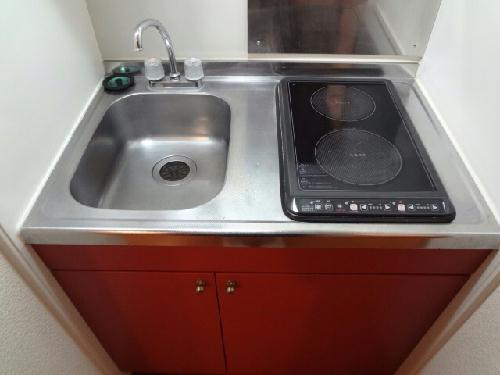 レオパレスKIT'S Ⅱ 104号室のキッチン