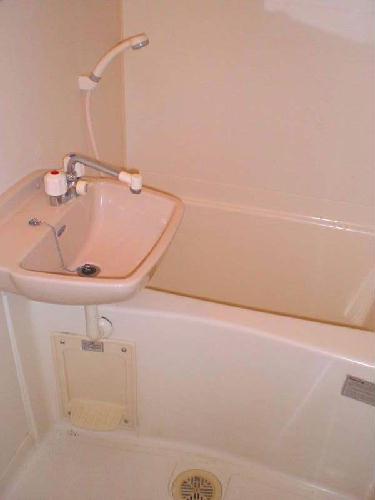 レオパレスかすや 107号室の風呂