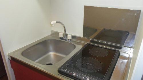 レオパレス春 203号室のキッチン