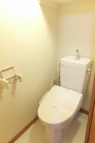 レオパレスカーム 107号室のトイレ