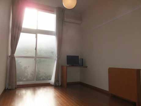 レオパレスHARASHIMA 109号室のリビング
