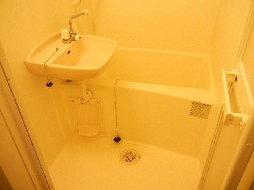 レオパレスHARASHIMA 109号室の風呂