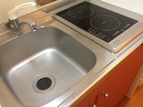 レオパレスコンフォートS 103号室のキッチン