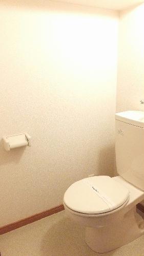 レオパレスギプフェル 102号室のトイレ