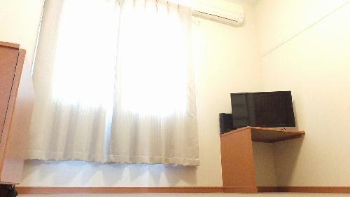 レオパレスギプフェル 208号室のリビング