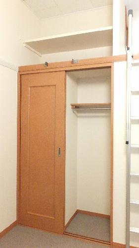 レオパレスギプフェル 208号室の収納