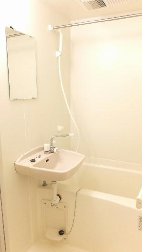 レオパレスギプフェル 208号室の風呂