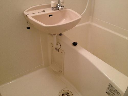 レオパレスミモザⅡ 204号室の風呂