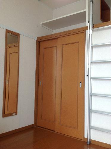 レオパレスグレープヒルB 101号室の収納