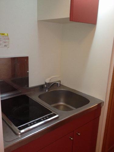 レオパレスくおれ 207号室のキッチン