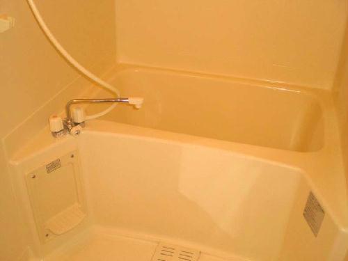 レオパレスブルームYK 103号室の風呂