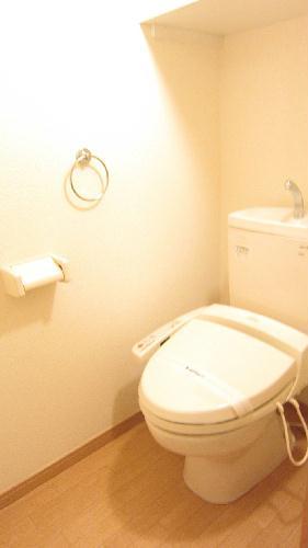 レオパレスガイア初雁 206号室のトイレ
