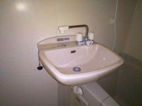 レオパレスNeeds 205号室の風呂