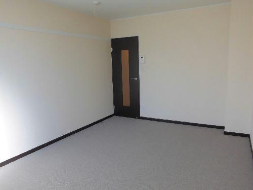 レオネクストFree One 202号室のリビング