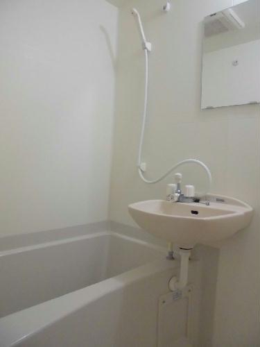 レオネクストFree One 202号室の風呂
