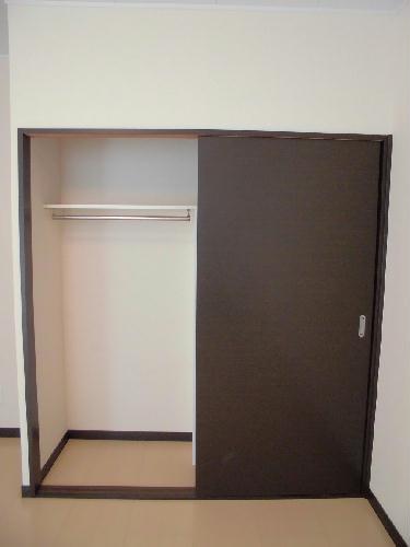 レオネクストFree One 202号室の収納