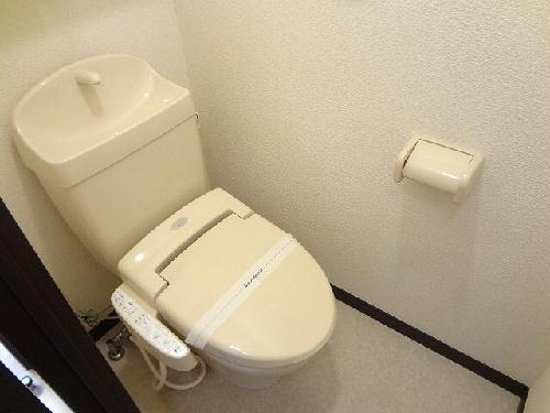 レオネクストクローナB 104号室のトイレ