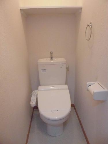 レオパレスモア天王 205号室のトイレ