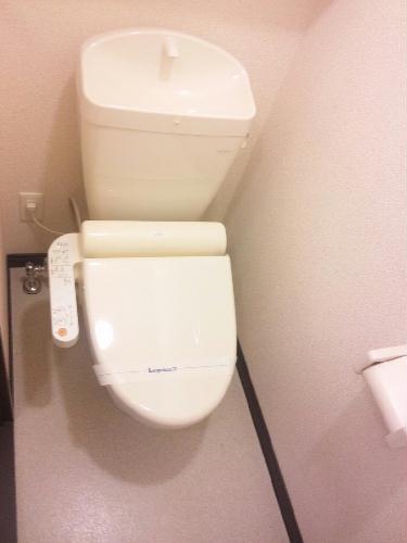 レオネクストタウンコート羽生M 103号室のトイレ