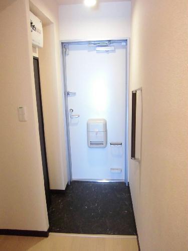 レオネクストエルヴィータ 207号室の玄関
