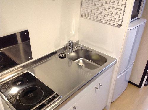 ミランダイーゼル 103号室のキッチン