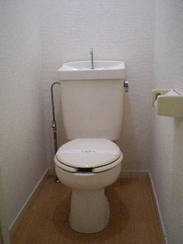 レオパレスFUJI 102号室のトイレ