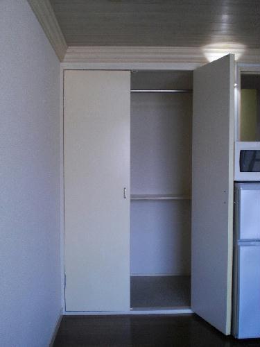 レオパレスFUJI 102号室の収納