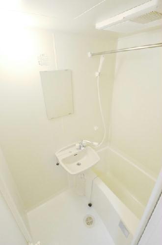 レオパレスfavorite 201号室の風呂