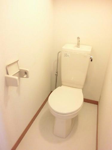 レオパレスfavorite 201号室のトイレ