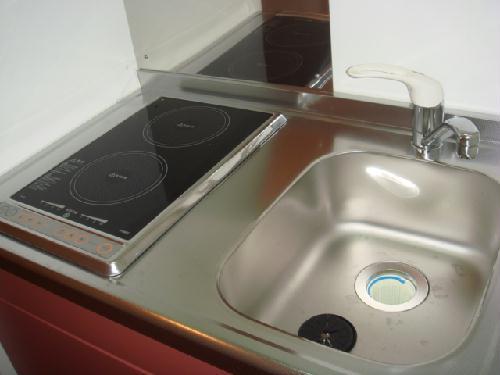 レオパレスポプラ 201号室のキッチン