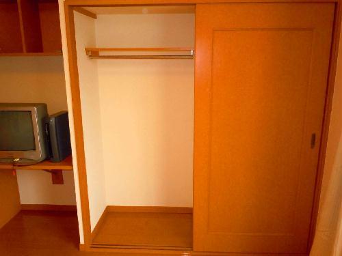 レオパレスSwing B 105号室の収納
