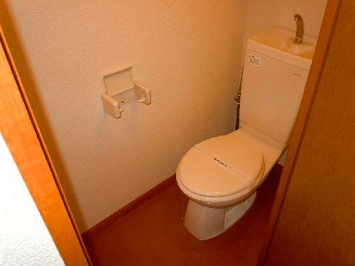 レオパレスSwing B 105号室のトイレ