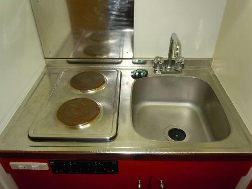 レオパレスSwing B 105号室のキッチン