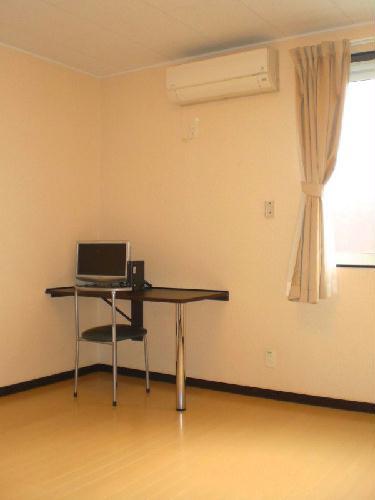 レオネクスト泉 103号室の居室