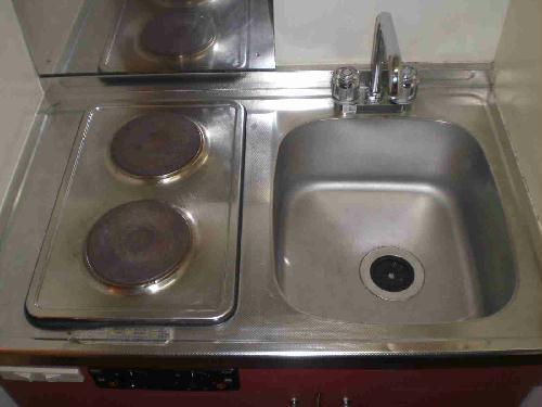 レオパレスメルベーユ 106号室のキッチン