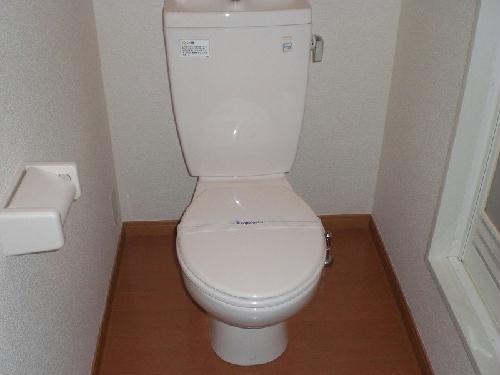 レオパレスリベェール 204号室のトイレ