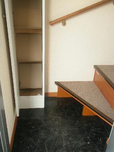 レオパレスベルウィング 201号室のキッチン