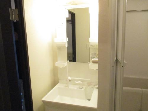 クレイノROUTE 16 102号室の洗面所