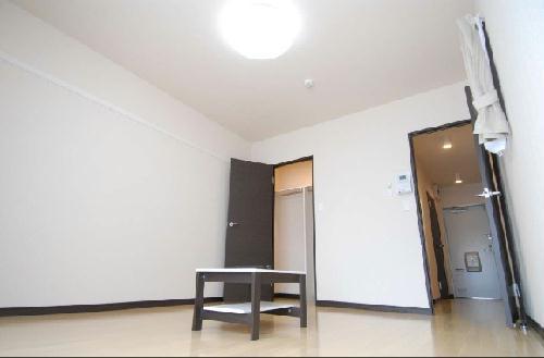 クレイノROUTE 16 303号室のリビング