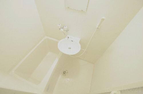 レオパレス東部 207号室の風呂