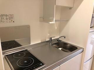 クレイノルーチェ デル ソーレ 305号室のキッチン